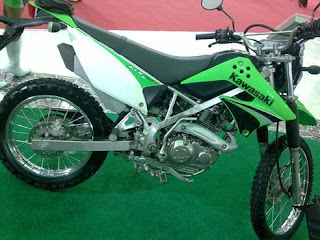 Launch motor kawasaki klx 150s - Motorcycle Pictures