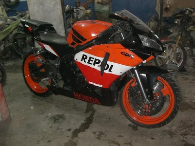 New Motorcycle  Honda CBR 400  R   RR  Sport bike