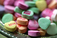 heart shape valentine candies wallpaper