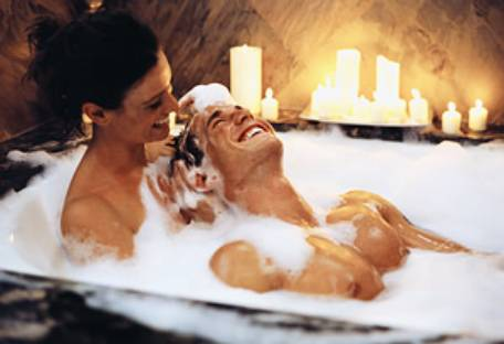 wallpaper romantic couple. Day Couple Bath Wallpapers