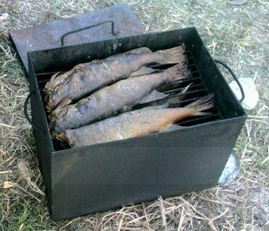 Своими руками коптилка для рыбы