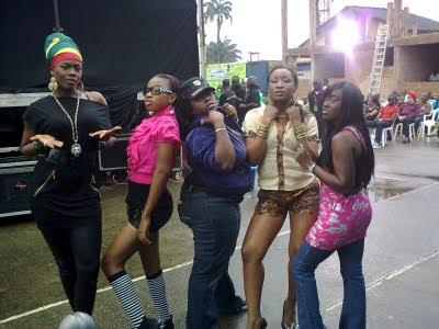 Benin girls