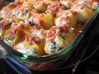 http://1.bp.blogspot.com/_u3rxdrzQFuw/S-mbQZiQFcI/AAAAAAAAOVQ/-Jhb2tDpymo/s1600/stuffed+pasta+shells+004.jpg