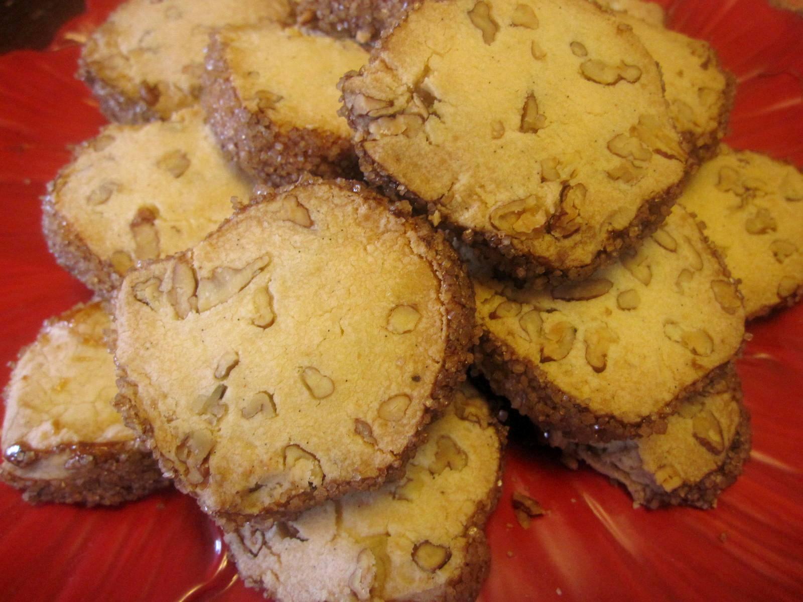 pecan+shortbread+cookies+001.jpg