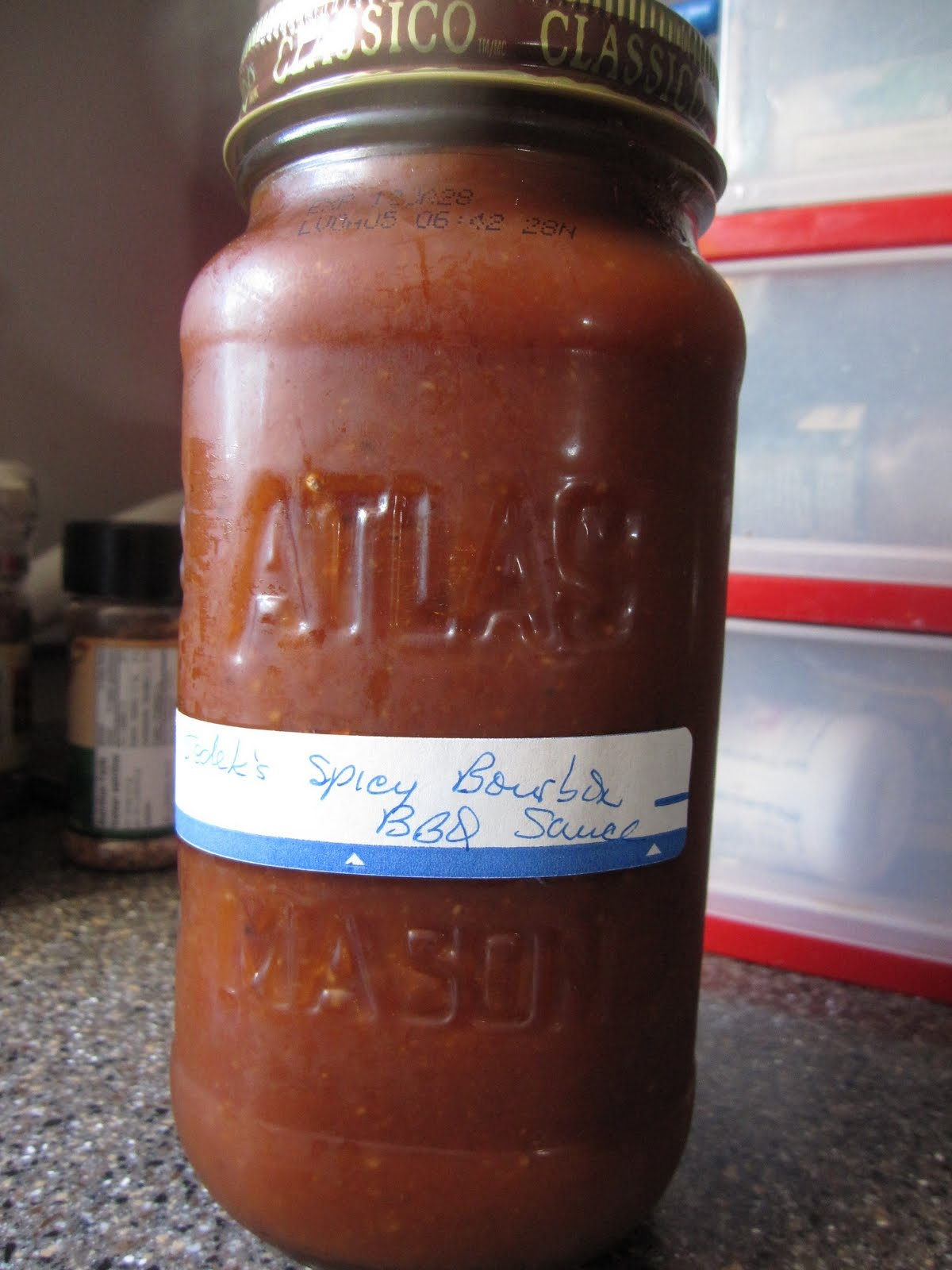 Anthony's Spicy Bourbon BBQ Sauce - Recipes4EveryKitchen