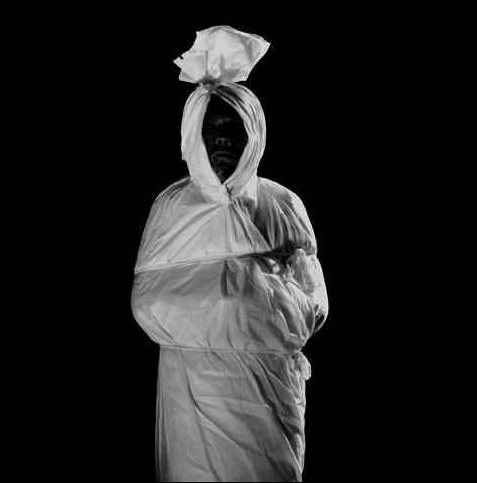 terselubung: Koleksi Foto Hantu Pocong Terbaik