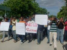 HARAN PROTESTA EN RECLAMO DE LA DESTITUCION DEL DIRECTOR DEL INUVA