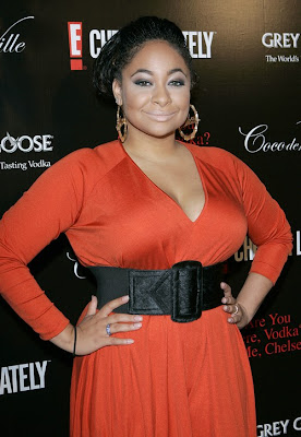 Here's a story from GlobalGrind.com about Raven Symone recently giving birth ...