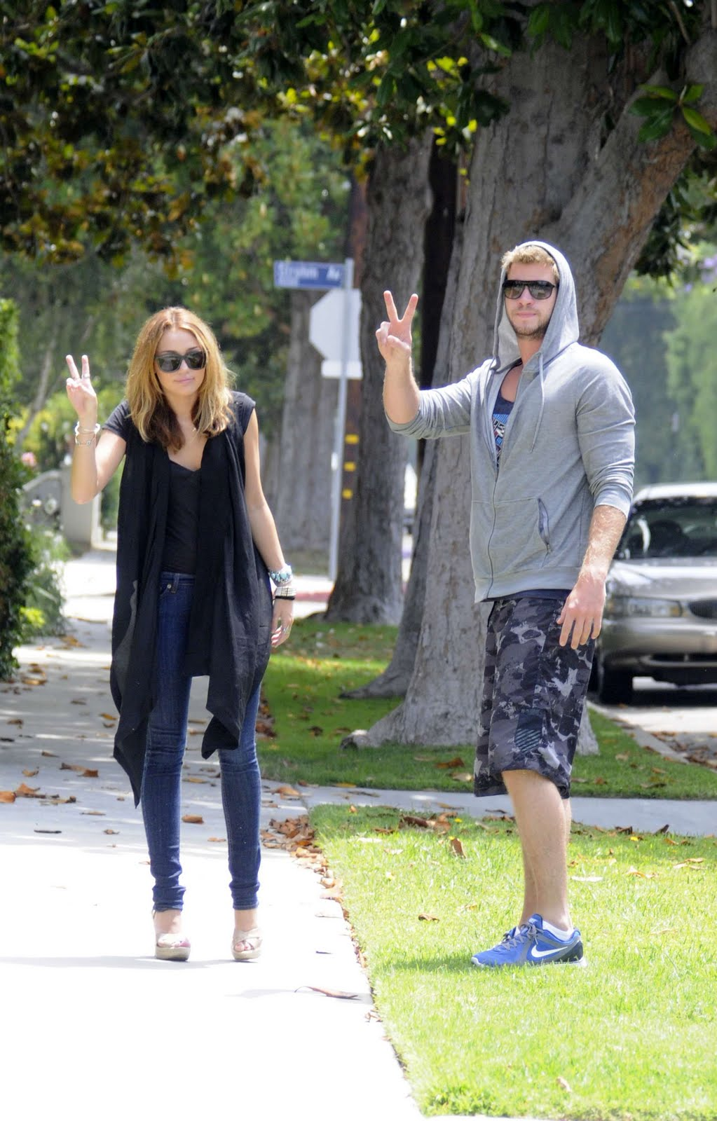 MILEY AND LIAM ARE STUDIO CITY