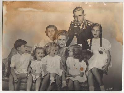 LIBERIKA: Magda Goebbels, la aristocracia aria