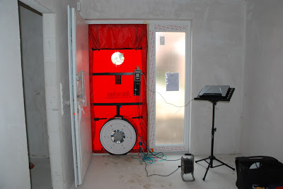 bautagebuch m hle blower door test. Black Bedroom Furniture Sets. Home Design Ideas