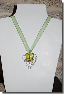 Bijuteria colar borboleta verde