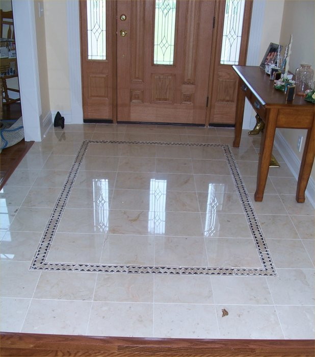 Foyer Flooring : Beautiful marble floor in the foyer