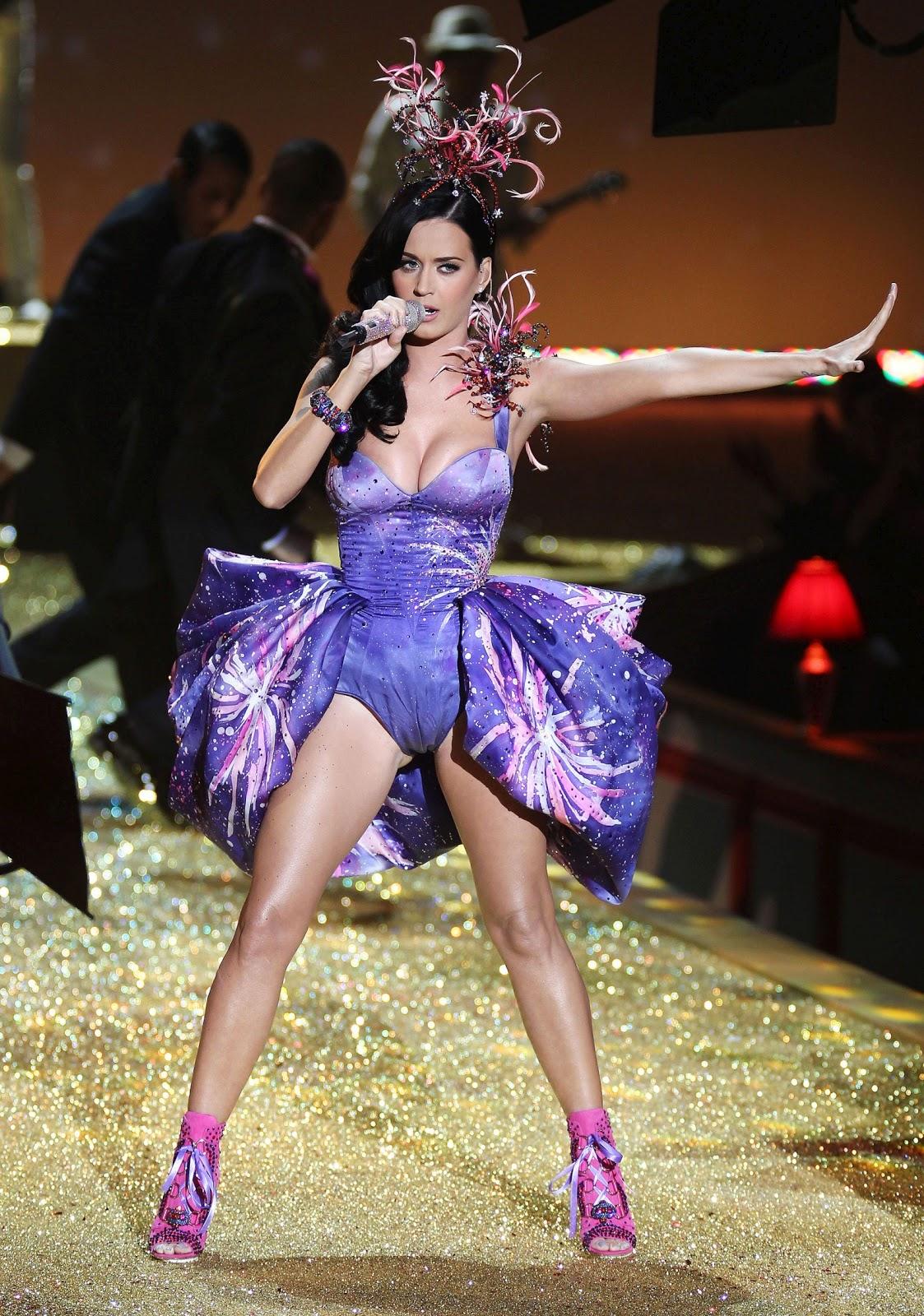 http://1.bp.blogspot.com/_u90AC4da1zY/TNzwDiBN0uI/AAAAAAAAMZw/t5mhuzWqoQU/s1600/Katy-Perry-52.jpg