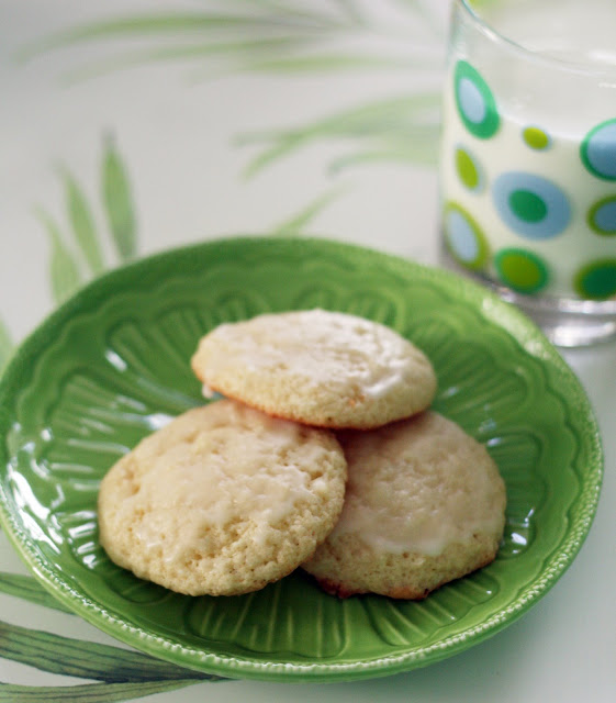 Coconut & Lime // recipes by Rachel Rappaport: Lime & Coconut Cookies