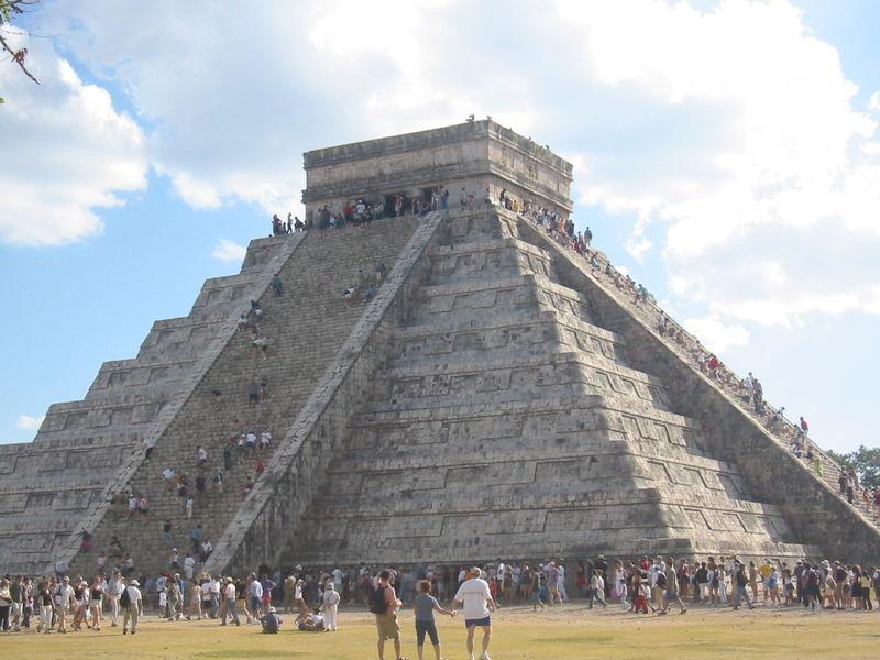 Pirámide de Chichén Itzá  - 7 maravillas