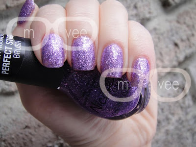 Nicole by OPI One less lonely glitter swatch