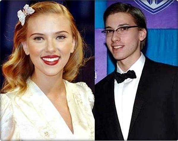 scarlett johansson brother hunter. Scarlett Johansson and her