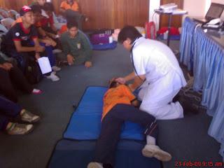SMK PUJUT, MIRI: Kursus Pertolongan Cemas 2009 (KRS)
