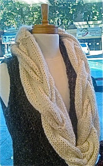 Free Knitting Patterns For Cabled Cowls : Gina Browns Yarn Vancouver: Cable Cowl-Free