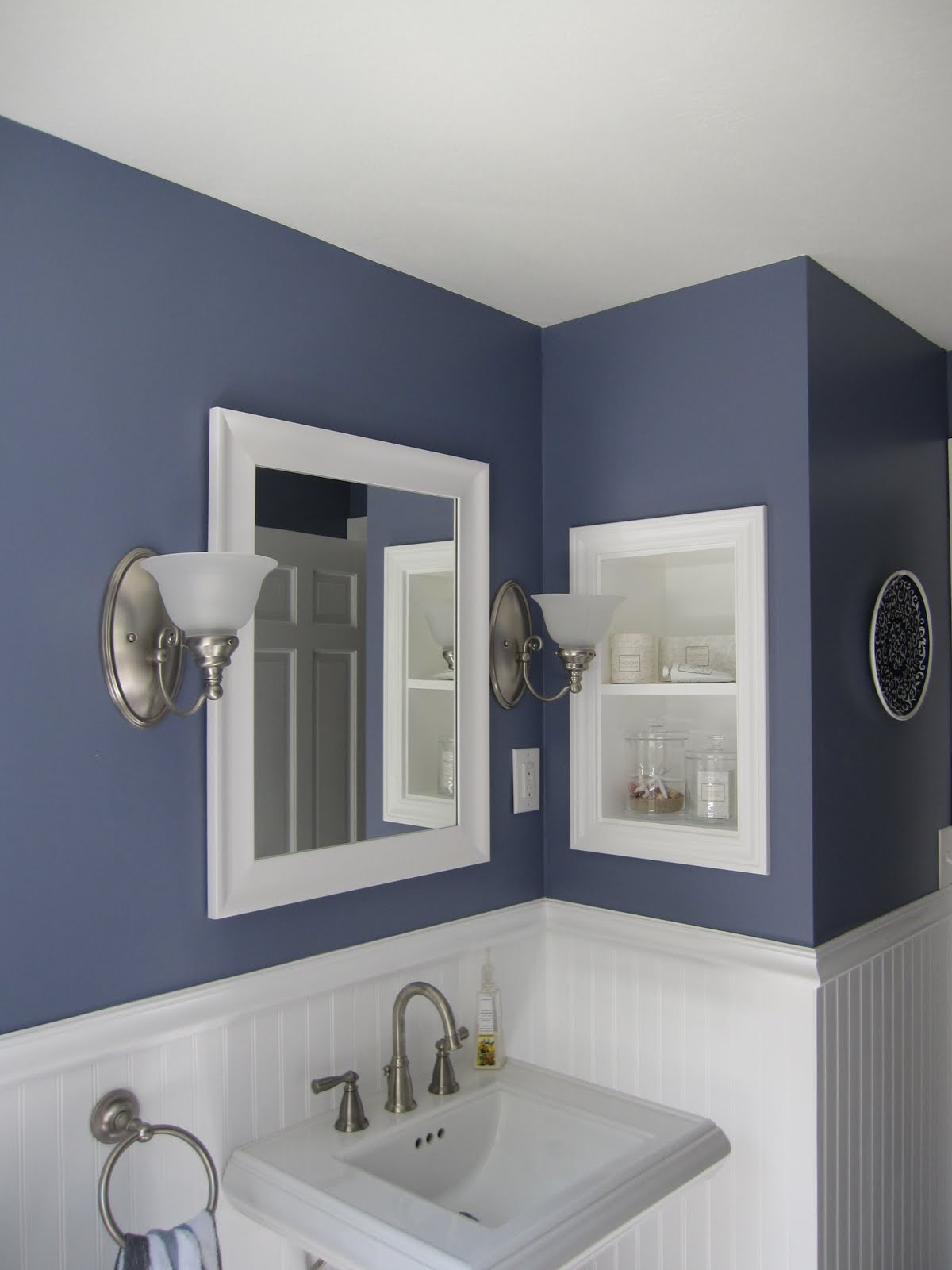 remodelaholic | half bath remodel; before and after
