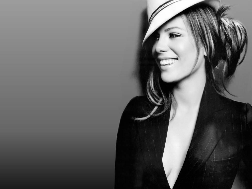 http://1.bp.blogspot.com/_uDktz8I4B48/TJsmkljp_gI/AAAAAAAABgw/ioCoQm0AHuo/s1600/Kate-Beckinsale-54.jpg