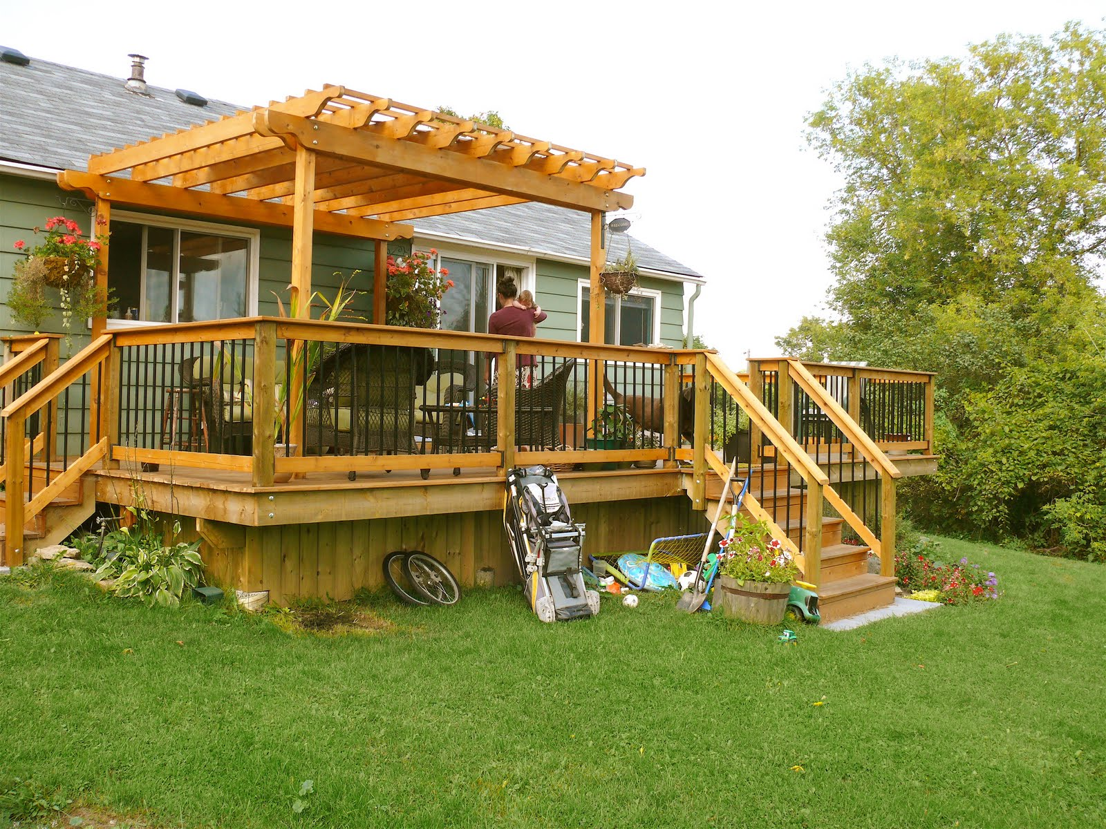 decks sheds and more cedar deck with pergola. Black Bedroom Furniture Sets. Home Design Ideas