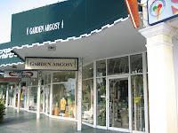 Shopping on St. Armands Circle, Sarasota, FL