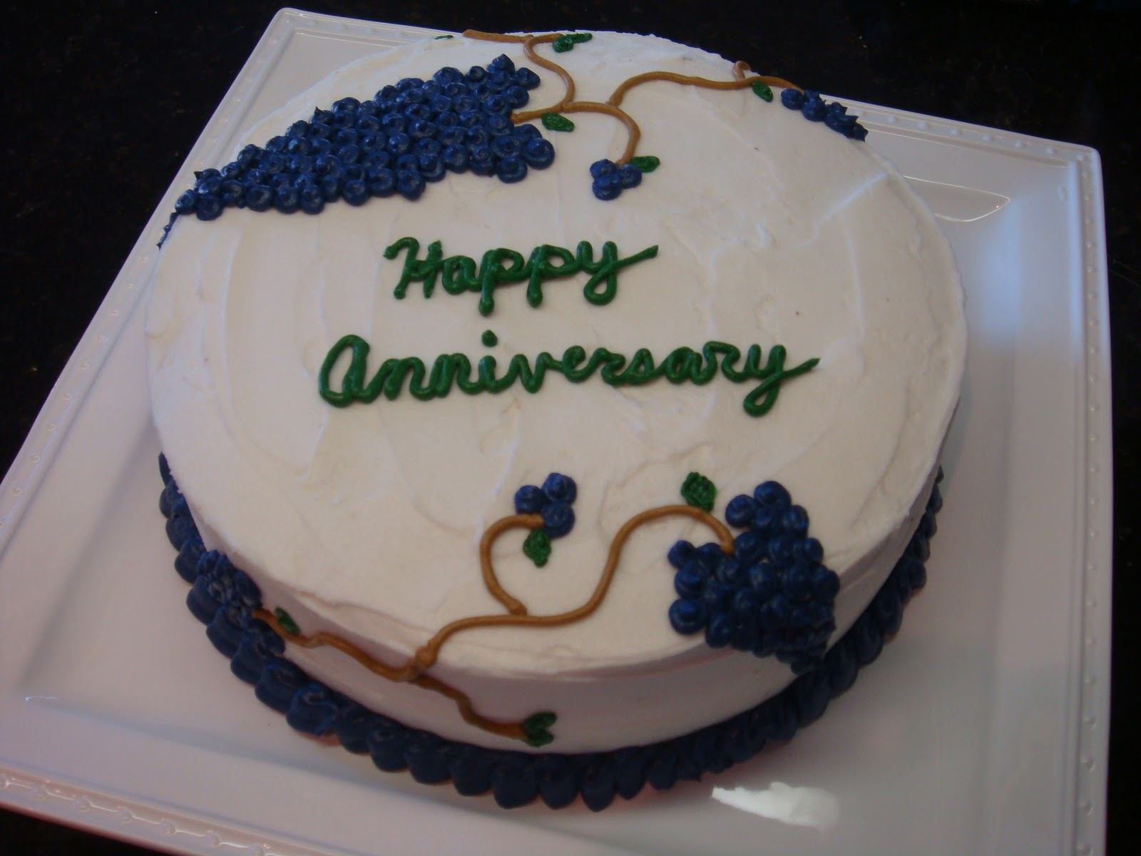 HotCakes: Mom and Dad s Anniversary Cake