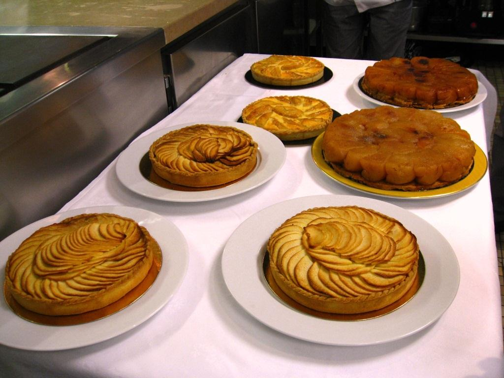 paris sweets in seattle tarte aux pommes or how pastry. Black Bedroom Furniture Sets. Home Design Ideas