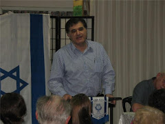 Dr. Gustavo Perednik
