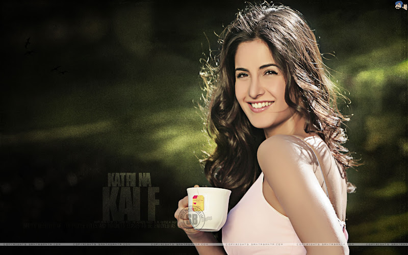 Katrina Kaif New Wallpapers by Santabanta.com