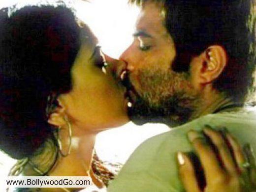 http://1.bp.blogspot.com/_uJ-SDPxtYh8/TMsBG2kI6EI/AAAAAAAALEc/ah4-PiTxwV8/s1600/Sameera+Reddy+and+Anil+Kapoor.jpg