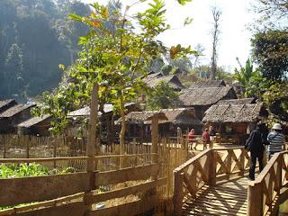 ท่องเที่ยวไทย ข้อมูลสถานที่ท่องเที่ยว