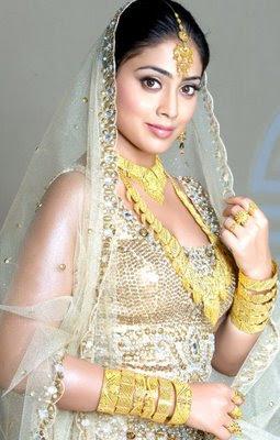 Shriya Saran in Indian Bridal Jewellery