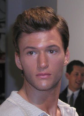 Men's Short Brushed Up Hairstyles