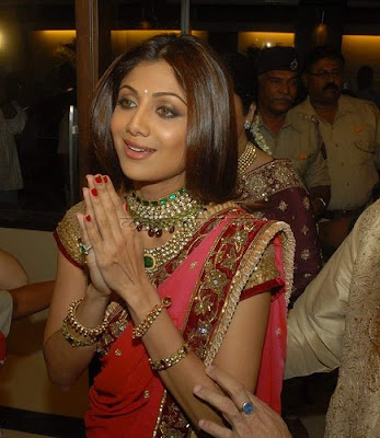 Shilpa Shetty in Designer Necklace Set