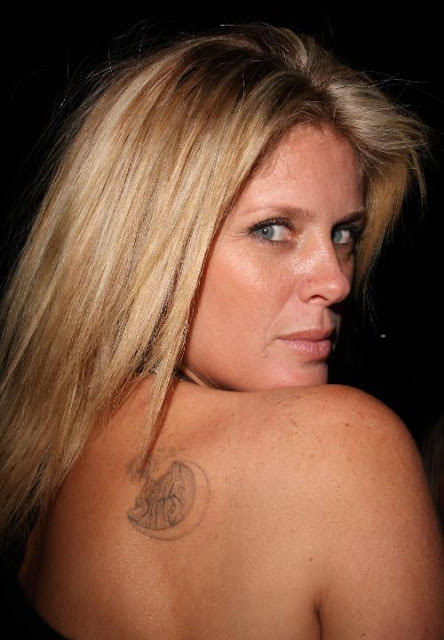 Rachel Hunter Tattoos - Celebrity Tattoo Images