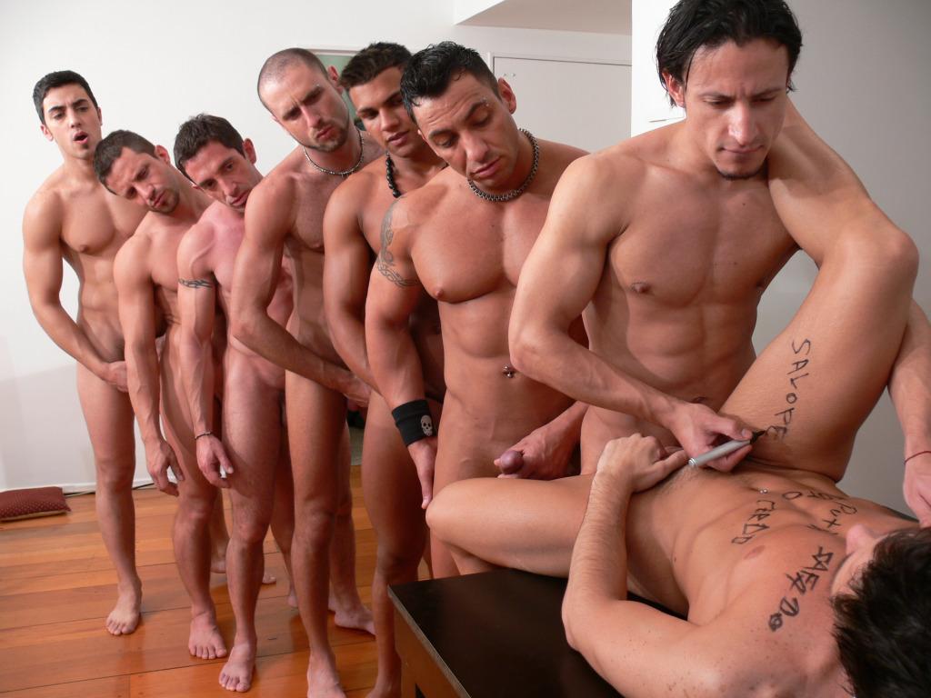 Проституты фото гей