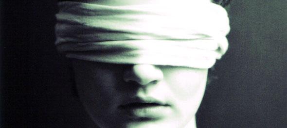 http://1.bp.blogspot.com/_uKa7G2lZBkA/S9gSsmD7BrI/AAAAAAAACkc/J0D_YmWUeaI/s1600/cegueira.jpg