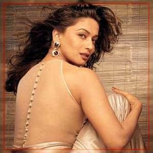 Hot+Actress+Madhuri+Dixit+desires+to+open+move+schools.jpg (299×298)