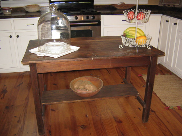 Primitive Island Table Sold I Have Been Using This As A Kitchen For Some Time Believe It To Be An Antique Very