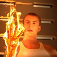 Manusia Yang Mampu Mengeluarkan Api [ www.BlogApaAja.com ]