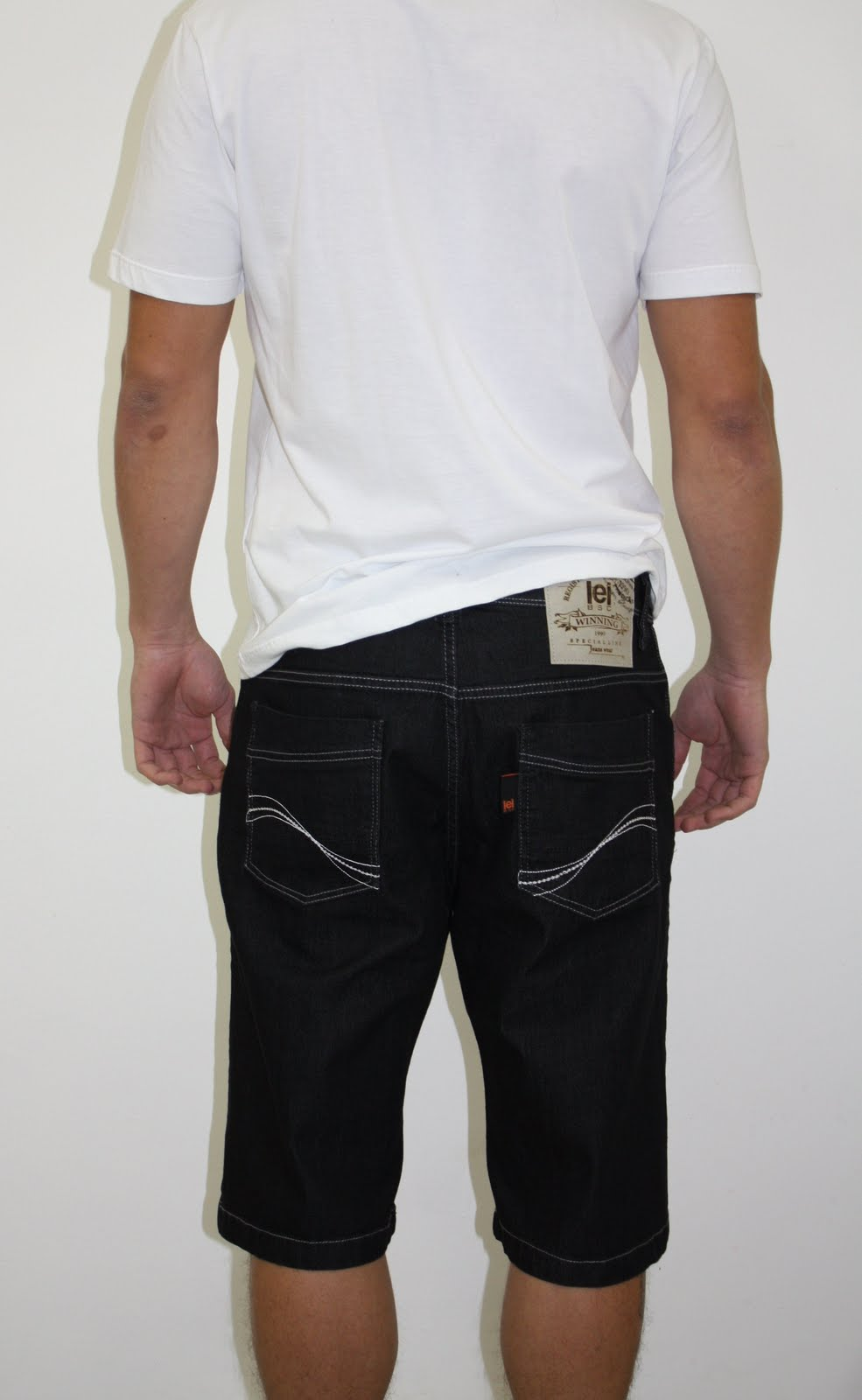 Bermuda black jeans Lei Básica