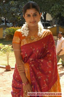 Meera Jasmine in Traditional Silk Saree