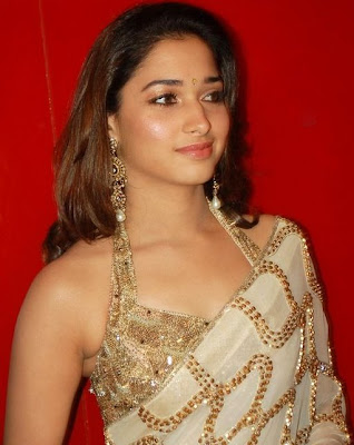 Actress Tamanna in Saree picture Collection