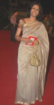 Nandita Das in Plain Zari Saree