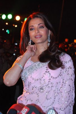 Aishwarya Rai looks gorgeous in this light pink designer saree blouse.