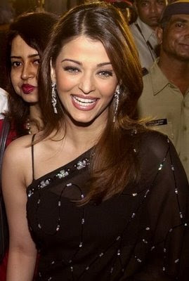 Aishwarya Rai in Black saree