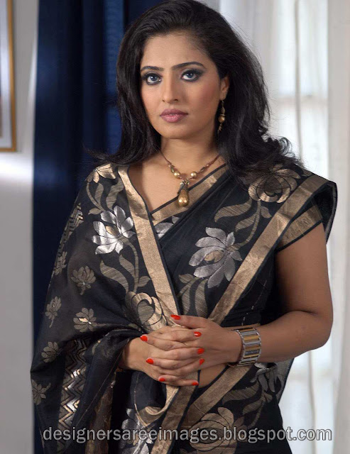 Tamil Actress Mumtaz in Black Designer Saree photo